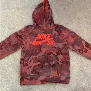 Boys Medium Nike SB sweatshirt